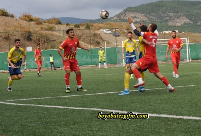 Boyabat 1868 Spor Kendi Sahasın Niksar Belediye Sporla Berabere Kaldı 0-0
